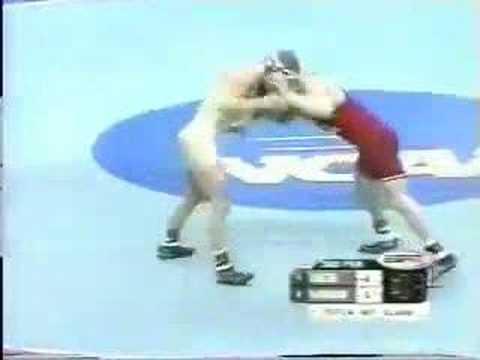 2002 NCAA: Luke Becker (Minnesota) vs Bryan Snyder (Neb)