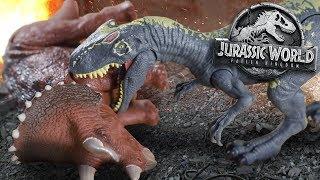 "Allosaurus Vs Trike!!! ""Roaravores""- Jurassic World Fallen Kingdom Review and Unboxing"