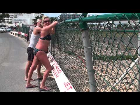 Drunk Gets Blown at St. Maarten Beach!
