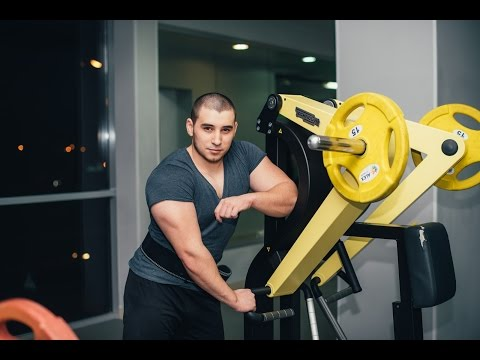 тренер Артём Каипов  фитнес клуба