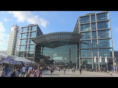 Berlin Hauptbahnhof / Berlin Central Station, Germany