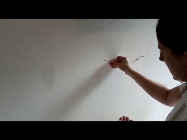 Tuto Brico : poser une étagère à fixations invisibles