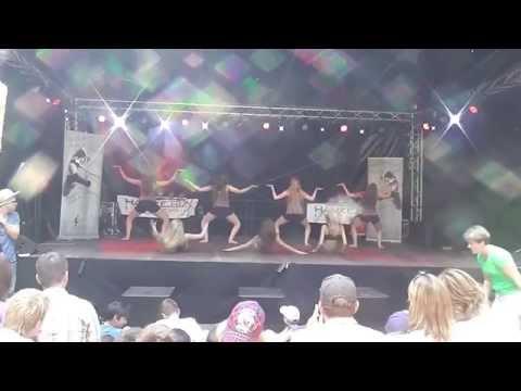 Tanzstudio Alavi-Hafenfest Auftritt Elmshorn 2013