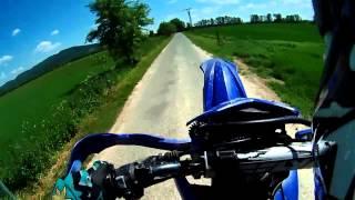 Yamaha DT Athena 170cc Wheelie