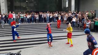 spidey got the moves   full version   9gag instagram spiderman dance meme ziguiriguidum 😄😄