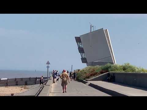 Walk from Chatsworth to Rossall Tower on Fleetwood Seafront,