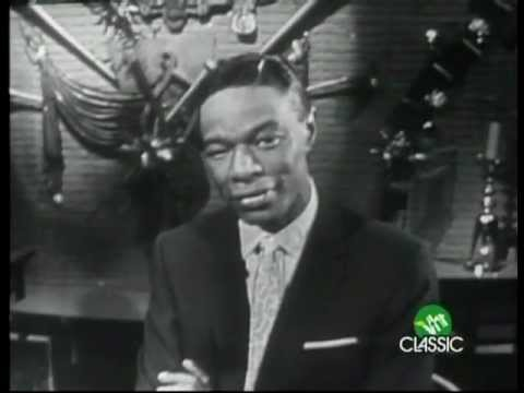 Nat King Cole-The Christmas Song - YouTube