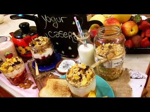 Yogur casero con frutas y cereales