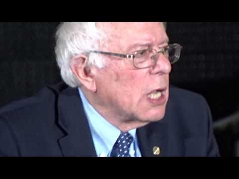 Bernie Sanders at Mullins Center UMASS-Amherst 2 of 2