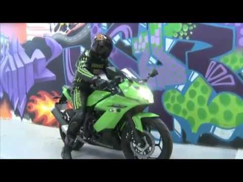 Prueba de Kawasaki Ninja 250 SL  con Mono RHOXS Halcon en MQM