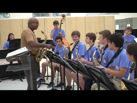 World-Renowned Jazz Artist Ron Carter Visits TKA