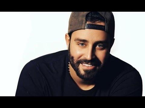 حبيبة سعد رمضان تظهر معه في أغانيه وهذا اسمها Youtube