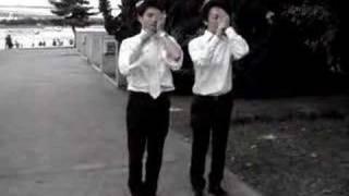 結婚式の余興練習.