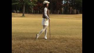 Niigata 2016 Miss Universe Japan plays golf