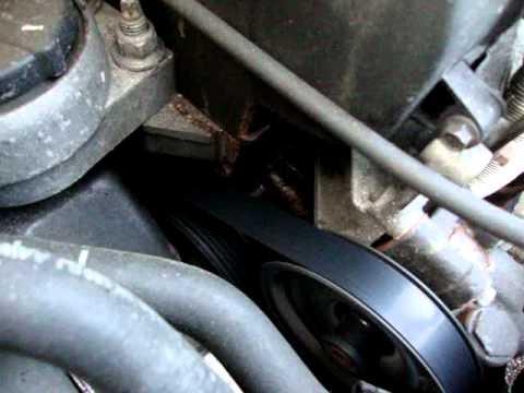 Ford Focus water pump making horrid noises - YouTube