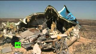 Debris of crashed Russian 7K9268 A321 in Sinai