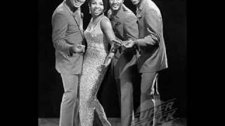 Gladys Knight & The Pips - You And Me Against The World