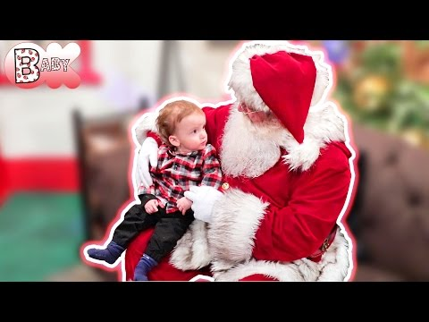 BABY'S FIRST: SANTA REACTION!