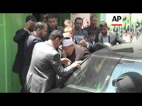 Islamic scholar Yusuf al-Qaradawi attends prayers in Gaza