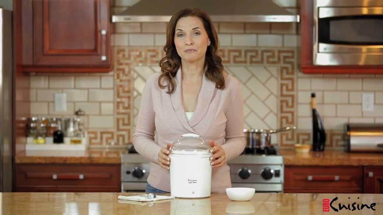 Euro Cuisine 2qts Yogurt and Greek Yogurt Maker Model YM260 - YouTube
