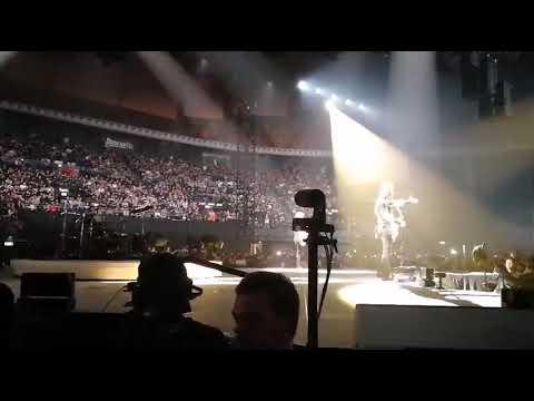 Metallica Bologna 02-14-2018 Tribute to Lucio Dalla - Caruso