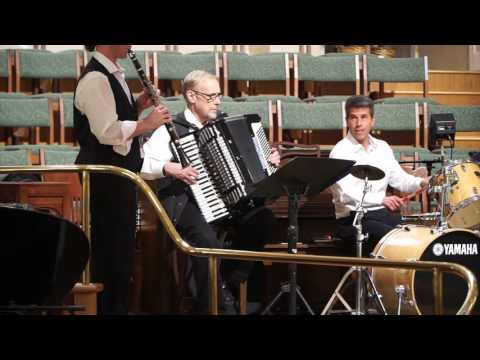 Klezmer Music Makes You Feel Sweetly Jewish