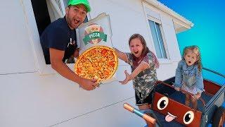 Ruby & Bonnie Pretend Play Pizza Drive Thru Fast Food Toy Shop