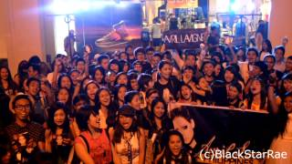 Video Avril Lavigne Philippines Pre-Concert Party Singing Here's To Never Growing Up! download MP3, 3GP, MP4, WEBM, AVI, FLV Juli 2018