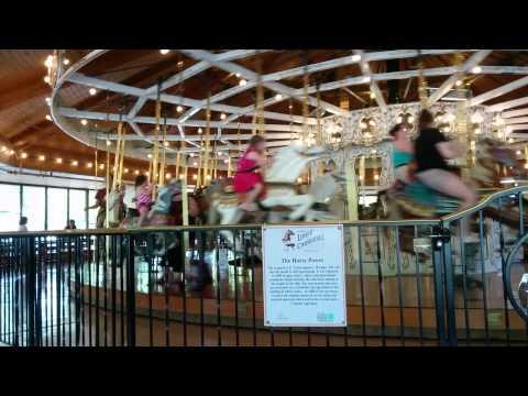 Louff Carousel