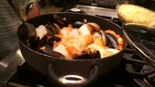 Easy and Simple But Delicious Seafood Pasta
