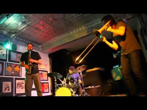 THE ENGINES Dave Rempis -- saxophones Jeb...