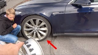 Tesla run flat tire vs Truck run flat, how do they work? Watch us Test a bulletproof Tesla window: https://youtu.be/bAlGzsVsbLE You can use my referral code to ...