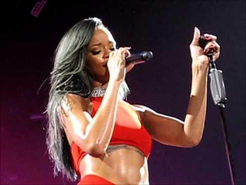 Rihanna - Take a Bow - Diamonds World Tour, Helsinki Hartwall Arena 28.7.2013