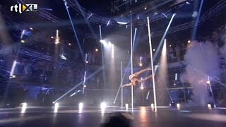 Optreden Jeffrey – Show 3 - CELEBRITY POLE DANCING