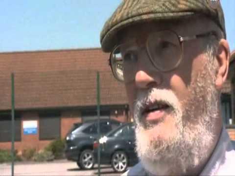 FULL VERSION - Black British weatherman interviews the BNP