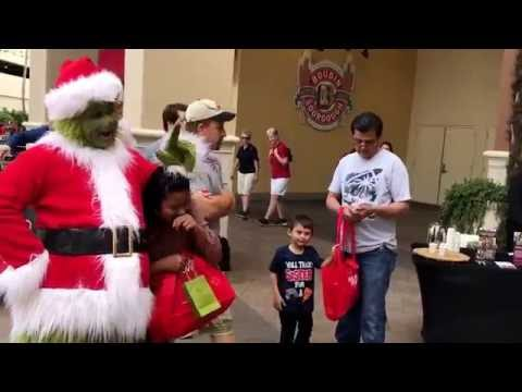 Grinch messes with Fashion Valley Mall guests