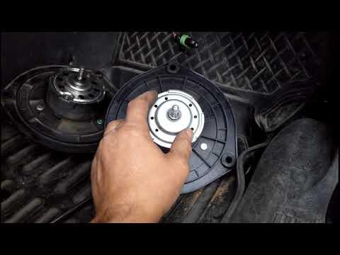 Замена электродвигателя вентилятора печки на Шевроле Нива.