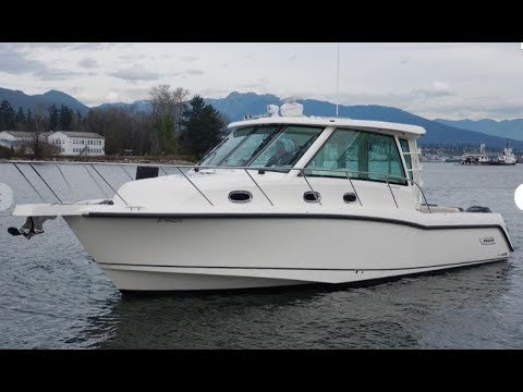 2018 Boston Whaler 345 Conquest Boat For Sale at MarineMax Clearwater