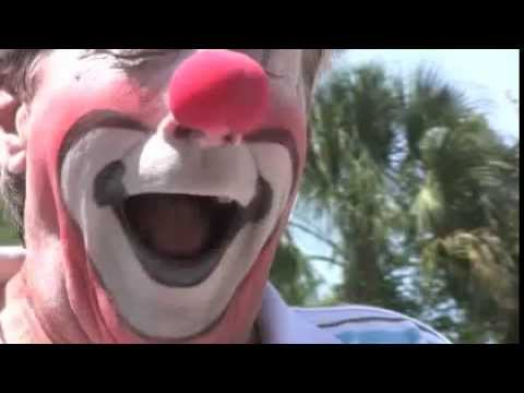How to put on Clown makeup - Toby Circus