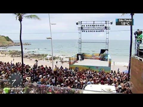 Foliões de despedem do Carnaval de Salvador nesta quarta-feira | SBT Brasil (14/02/18)
