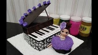 [Beautiful Cakes]- Mẫu Bánh Kem Búp Bê Ngồi Bên Cây Đàn.