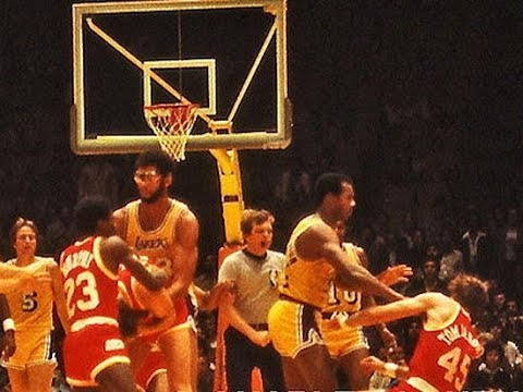 Kermit Washington vs Rudy Tomjanovich