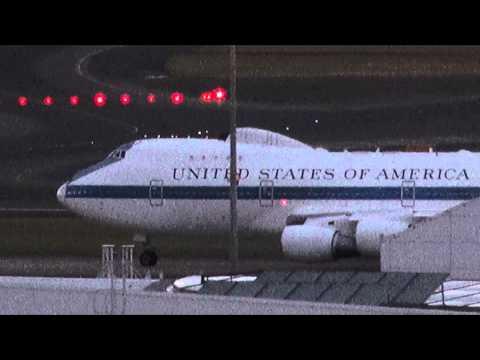 """USAF B747 E-4B (40787)""""The Doomsday Plane"""" taxi/takeoff Sydney Airport (YSSY)"""