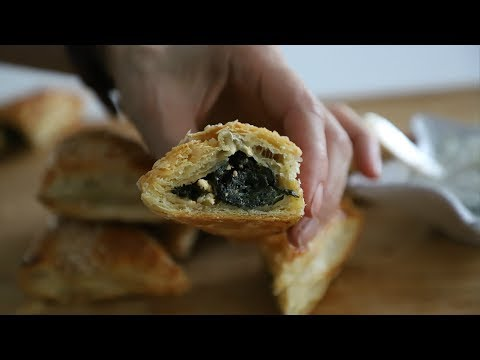 Սպանախով Կարկանդակ - Spinach Puffs Recipe - Heghineh Cooking Show In Armenian