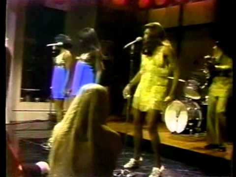 Ike & Tina Turner - Live in '71 mp3
