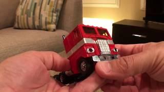 Generation 1 (G1) Optimus Prime 1984 Takara Transformer Toy Video Review