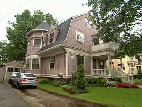 Historic Homes of Elmwood - Historic Home Renovation Providence, RI - Bob Vila eps.2201