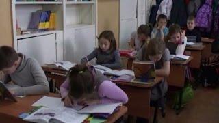 Школьные оценки отправят родителям на мобильный. Специальное приложение запустят уже в сентябре