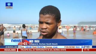 Fun Seekers In S.Africa Throng Durban's Beaches At Easter