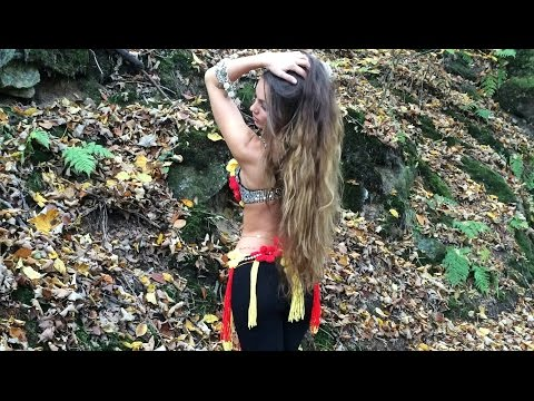 El Alem Allah - Amr Diab العالم الله - عمرو دياب - Isabella Belly Dance | HD